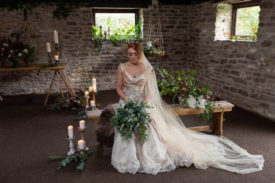 Autumn wedding vibe on English-Wedding.com with Photography by Chantel (8)