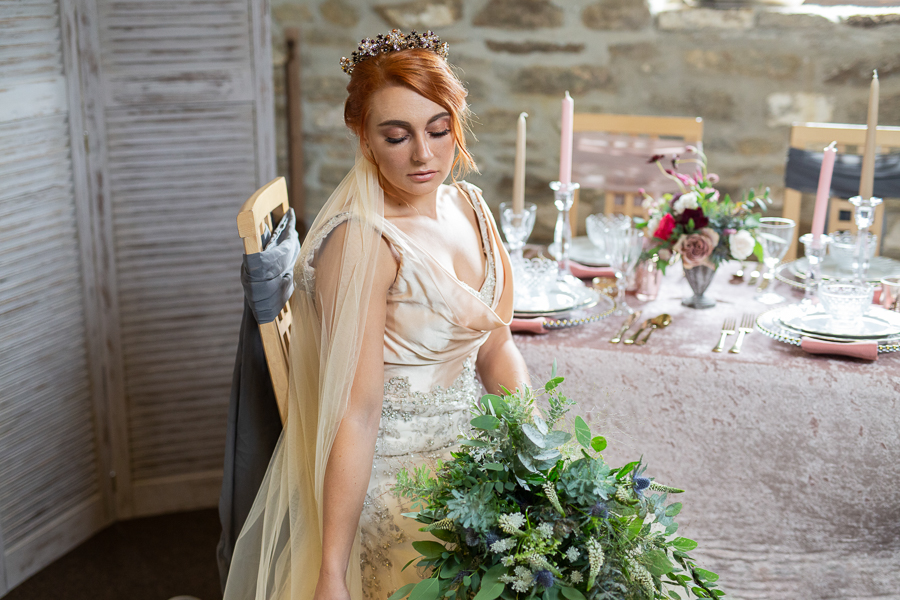 Autumn wedding vibe on English-Wedding.com with Photography by Chantel (34)