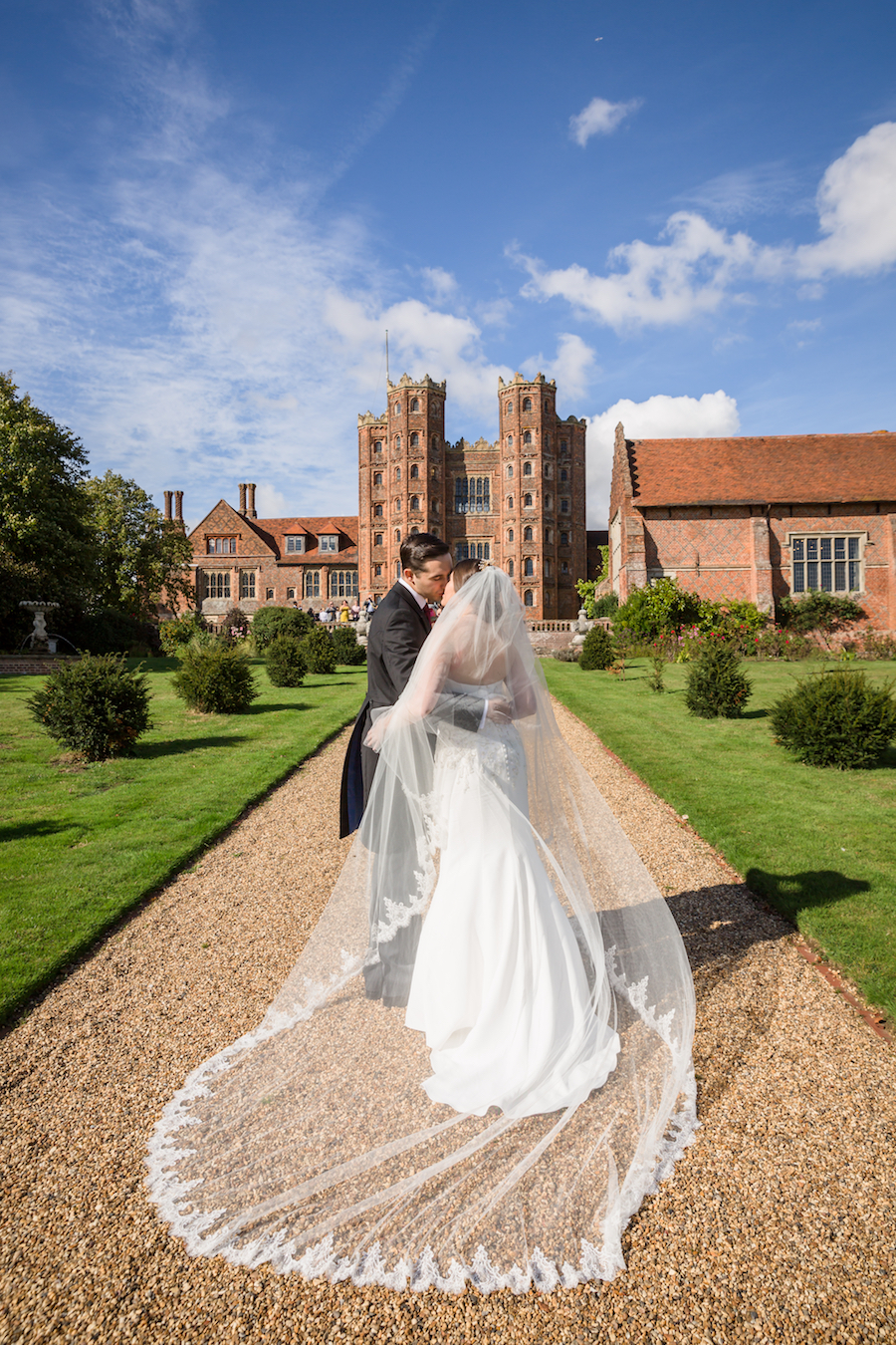 Real wedding by Ayshea Goldberg Photography at Layer Marney Tower (20)