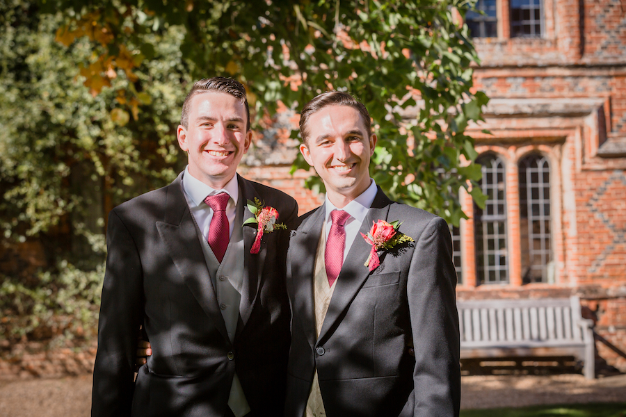 Real wedding by Ayshea Goldberg Photography at Layer Marney Tower (22)