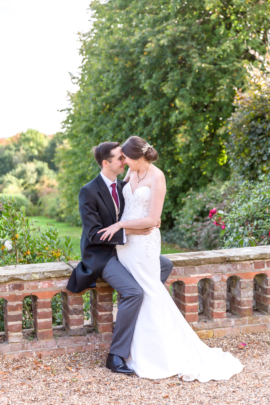 Real wedding by Ayshea Goldberg Photography at Layer Marney Tower (32)