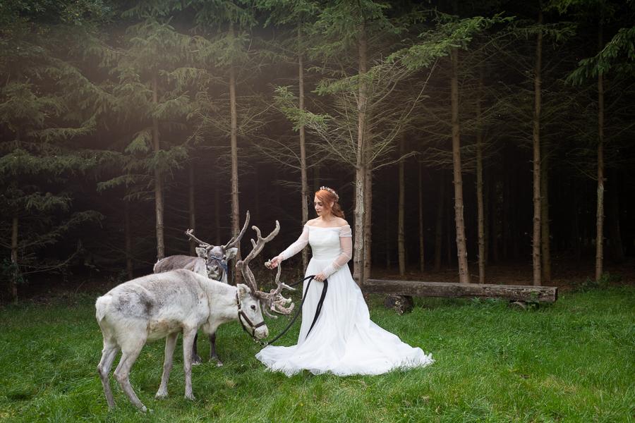 Winter woodland wedding styling ideas, image credit Photography by Chantel (27)