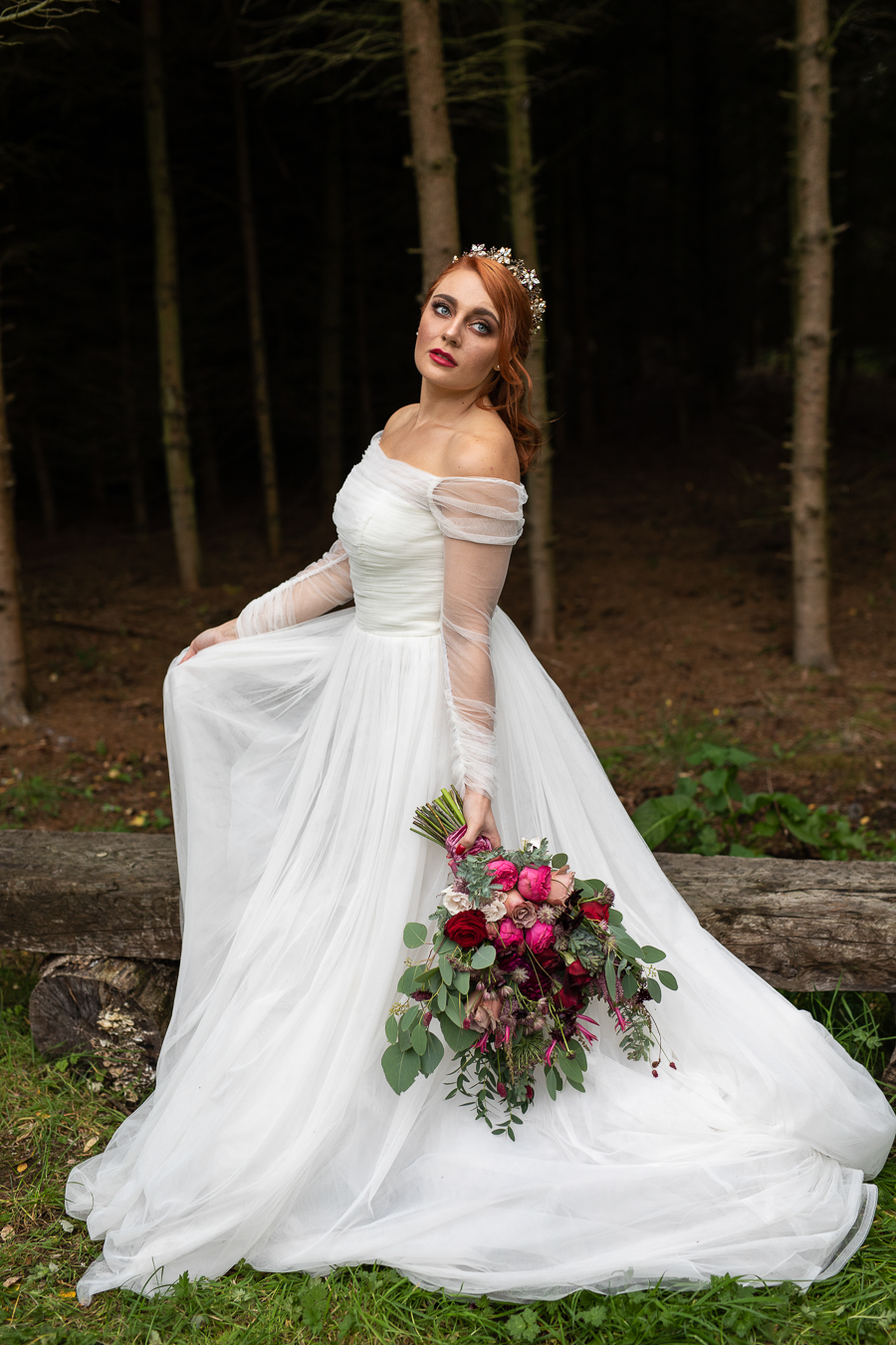 Winter woodland wedding styling ideas, image credit Photography by Chantel (29)