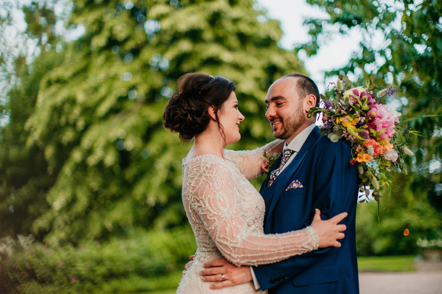 Fabulous florals for an amazing English wedding at Dewsall Court with Jarek Lepak Photography (44)