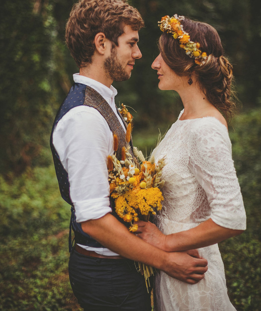 Festival wedding photography UK by Howell Jones Photography (19)