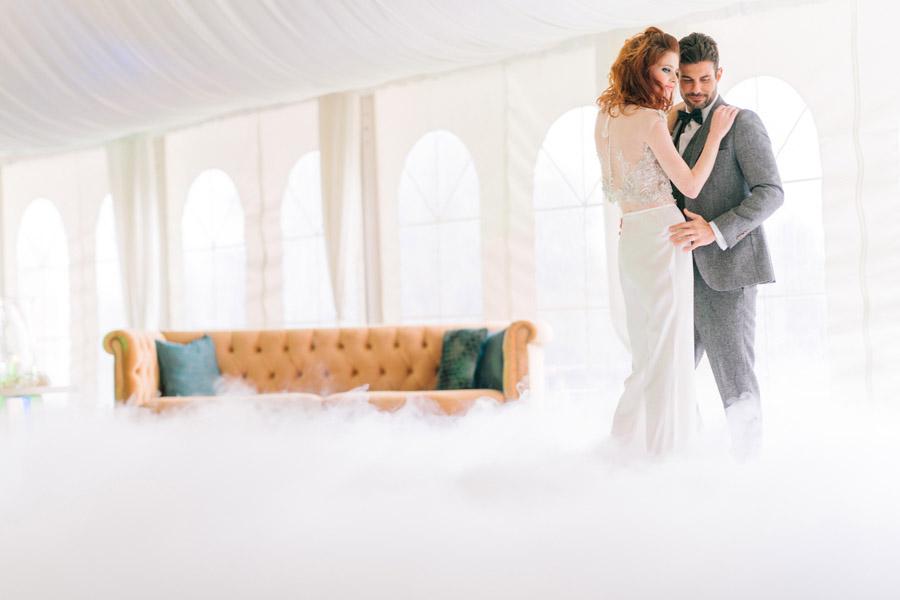 Beautiful emerald green and mustard wedding style ideas, photography by Ioana Porav (34)