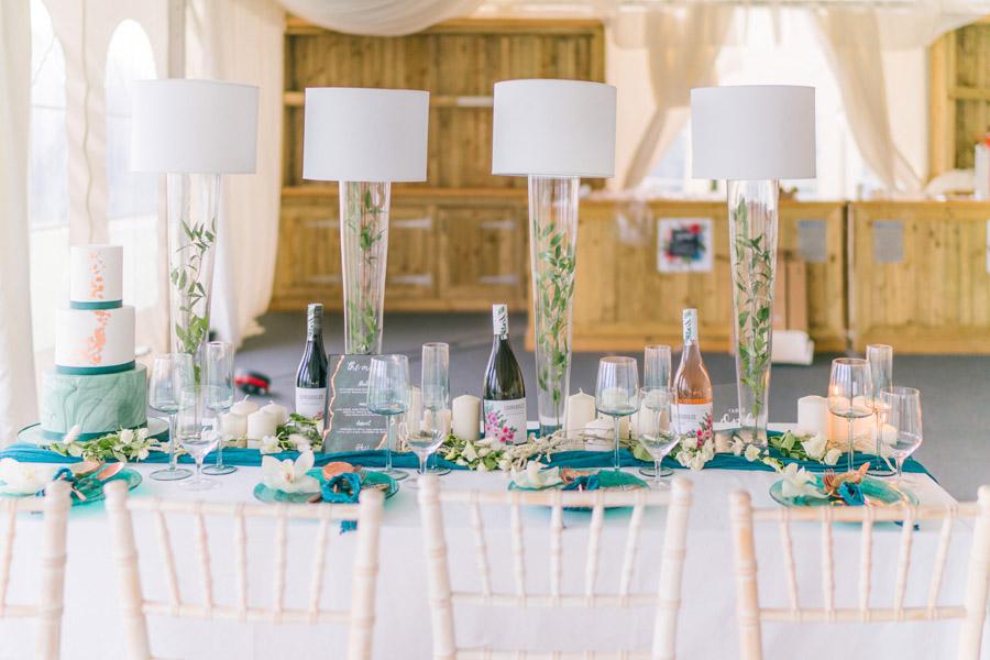 Beautiful emerald green and mustard wedding style ideas, photography by Ioana Porav (36)
