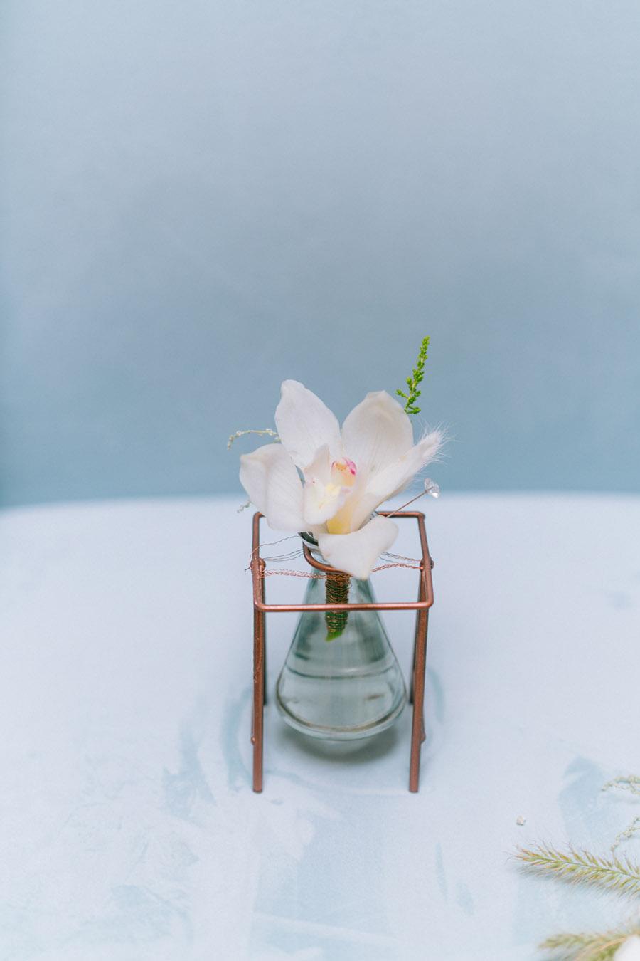 Beautiful emerald green and mustard wedding style ideas, photography by Ioana Porav (11)