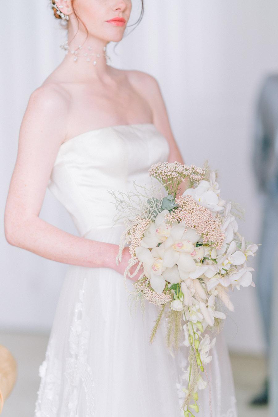 Beautiful emerald green and mustard wedding style ideas, photography by Ioana Porav (14)