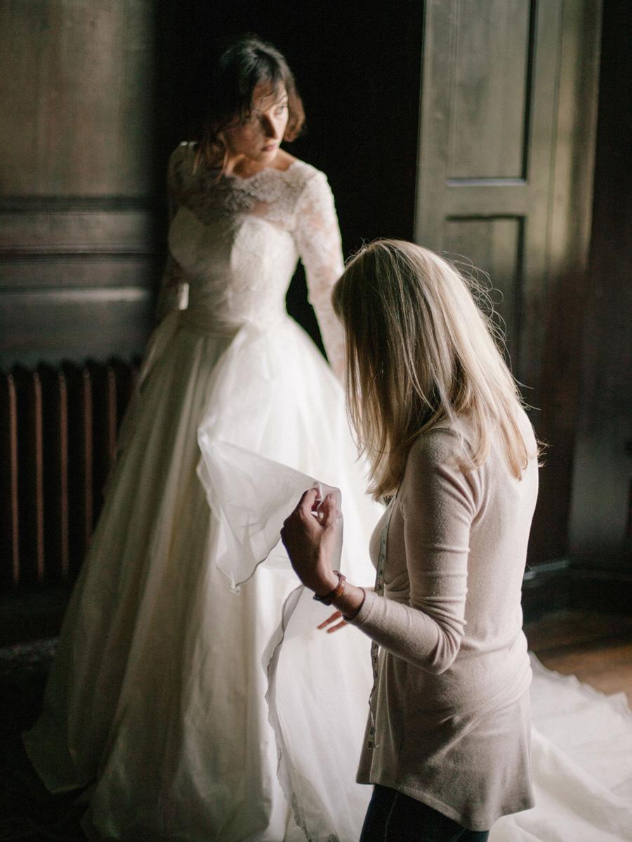 Bespoke bridal couture by Caroline Arthur, image credit Alexander J Collins at Ham House (11)
