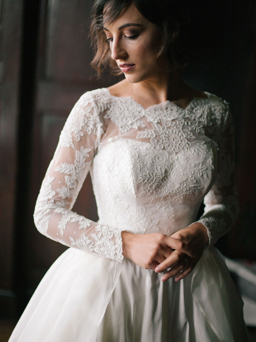 Bespoke bridal couture by Caroline Arthur, image credit Alexander J Collins at Ham House (12)
