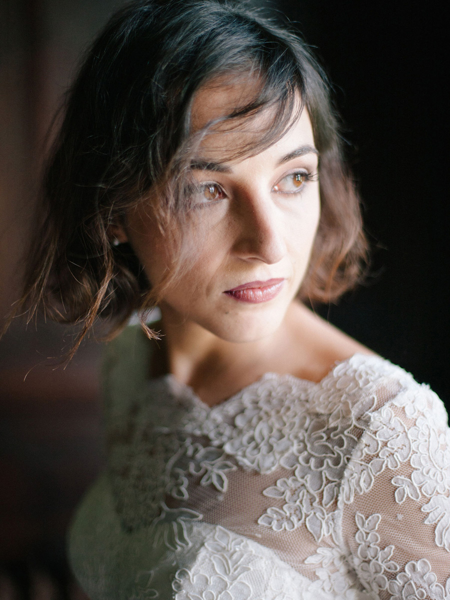 Bespoke bridal couture by Caroline Arthur, image credit Alexander J Collins at Ham House (4)