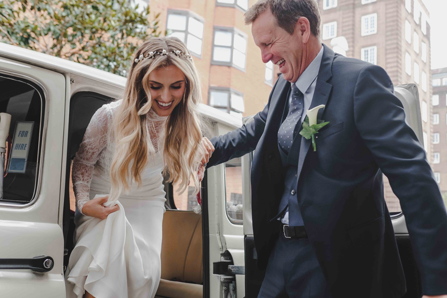 Jessica & Rhys's classical summer wedding at Chelsea Old Town Hall, with Emis Weddings (19)
