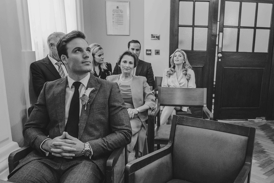 Jessica & Rhys's classical summer wedding at Chelsea Old Town Hall, with Emis Weddings (21)