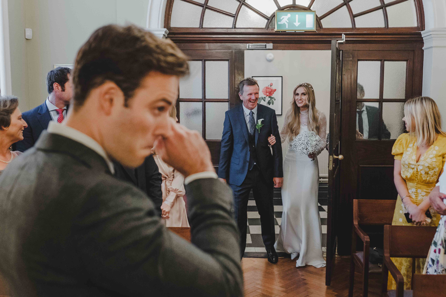 Jessica & Rhys's classical summer wedding at Chelsea Old Town Hall, with Emis Weddings (22)