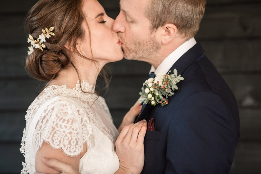 Timeless winter wedding style, with Becky Harley Photography (26)