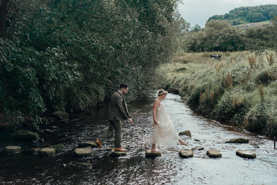 Rural English wedding style at Danby Castle, photo credit Rosanna Lilly Photography (7)