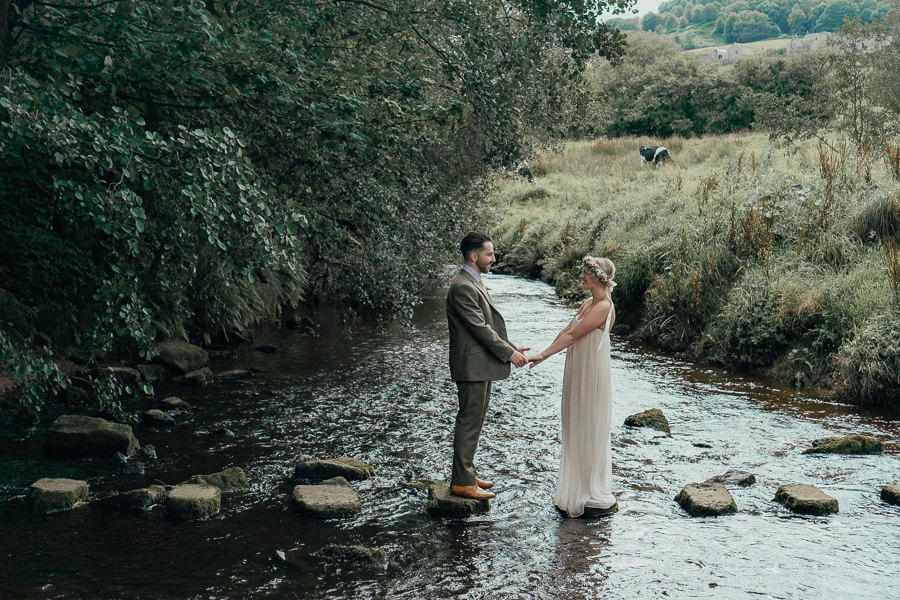 Rural English wedding style at Danby Castle, photo credit Rosanna Lilly Photography (6)