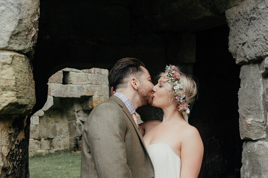 Rural English wedding style at Danby Castle, photo credit Rosanna Lilly Photography (1)