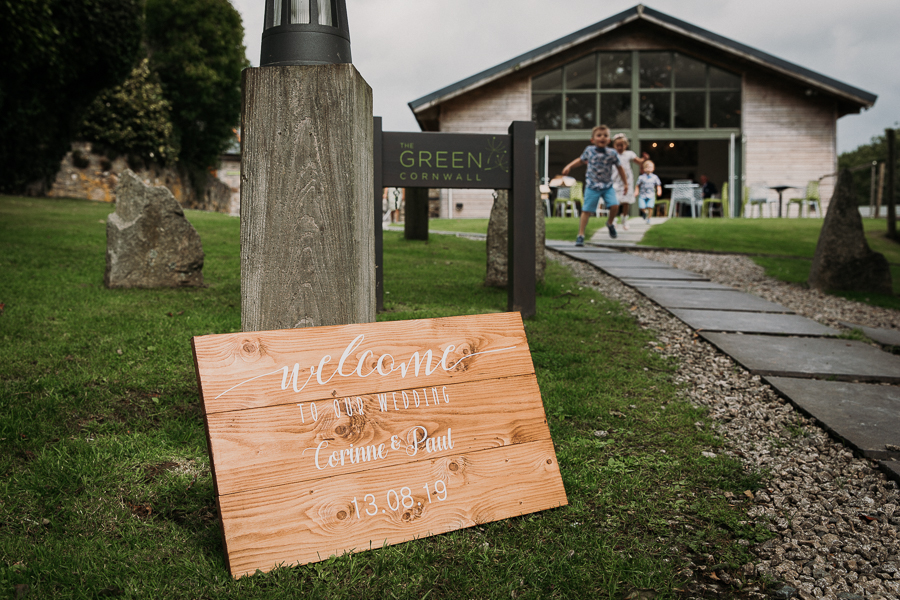 Real wedding at the Green, Cornwall - photography credit Alexa Poppe (2)