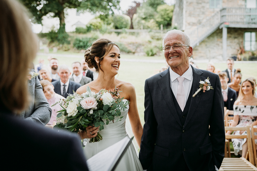 Real wedding at the Green, Cornwall - photography credit Alexa Poppe (21)