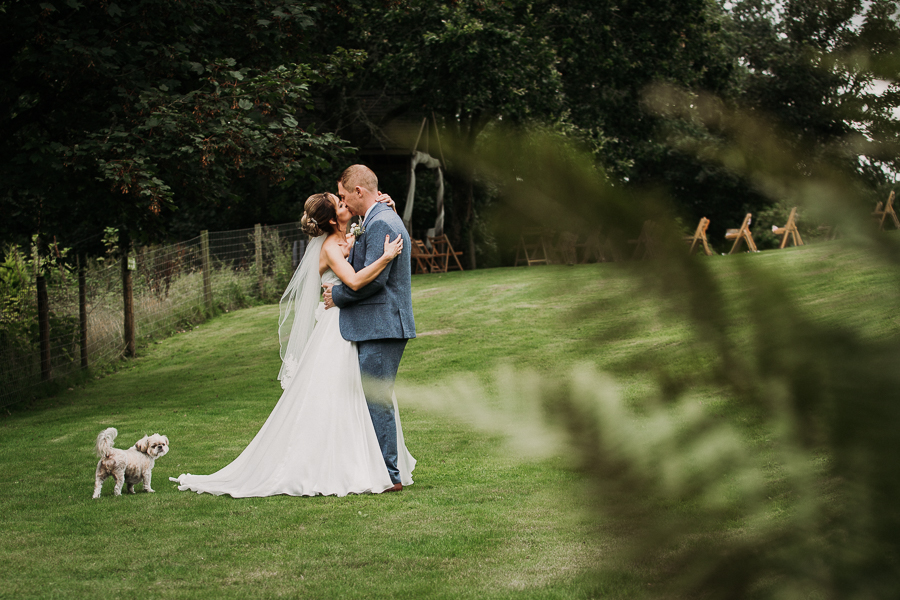 Real wedding at the Green, Cornwall - photography credit Alexa Poppe (32)