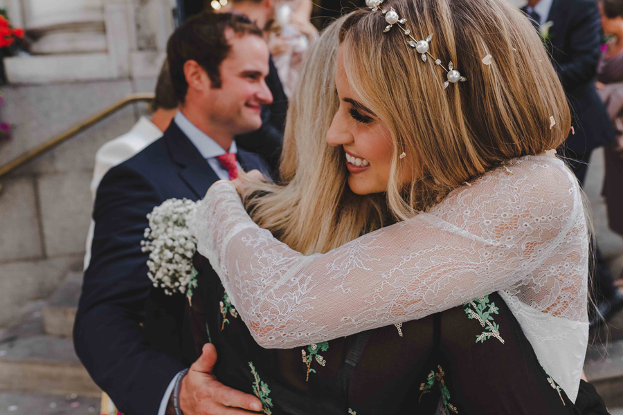 Jessica & Rhys's classical summer wedding at Chelsea Old Town Hall, with Emis Weddings (29)