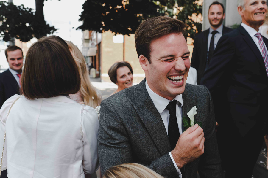 Jessica & Rhys's classical summer wedding at Chelsea Old Town Hall, with Emis Weddings (30)