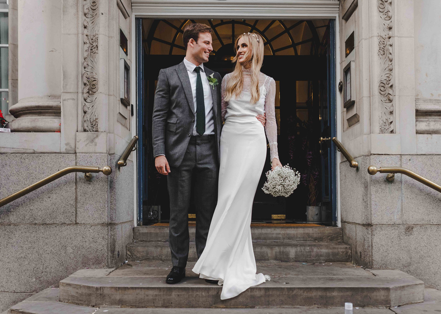 Jessica & Rhys's classical summer wedding at Chelsea Old Town Hall, with Emis Weddings (31)