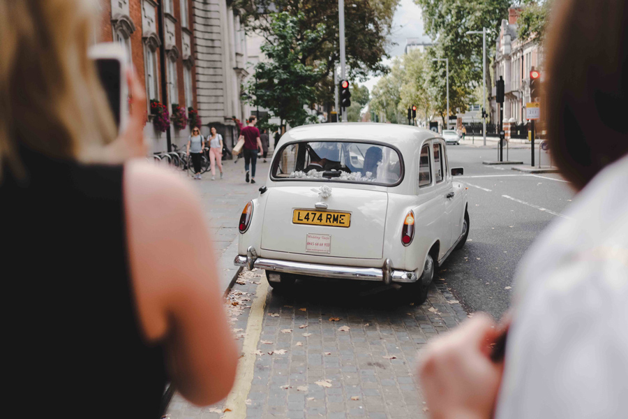 Jessica & Rhys's classical summer wedding at Chelsea Old Town Hall, with Emis Weddings (36)
