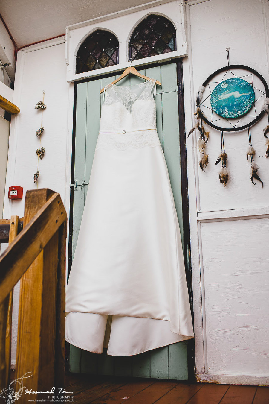 Laura & Oliver's epic Coed Hills wedding, with Hannah Timm Photography (5)