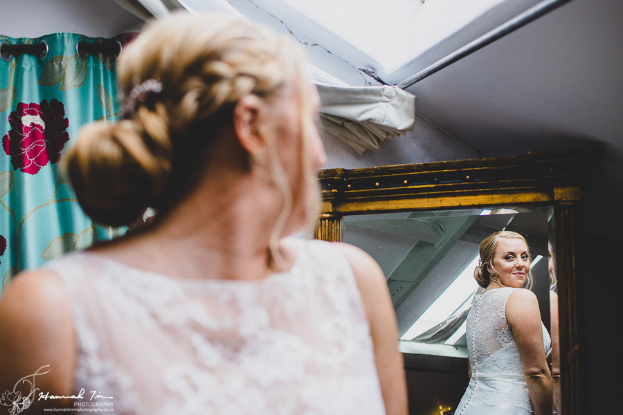 Laura & Oliver's epic Coed Hills wedding, with Hannah Timm Photography (9)