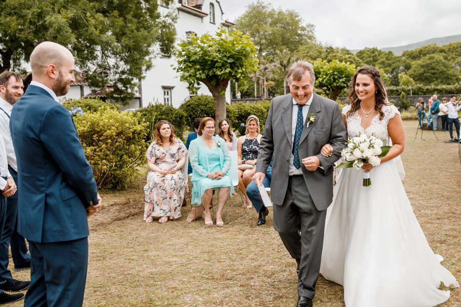 Mila & Paul's beautiful - if rainy - Azores wedding, with Damion Mower Photography (27)