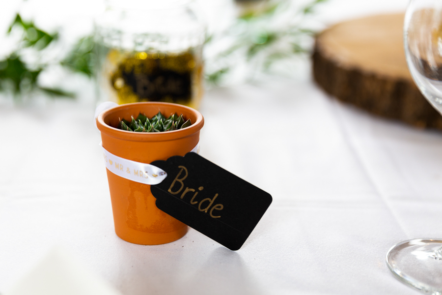 Green and gold for Rebecca & David's Dodmoor House (Daventry) wedding, with Pudding & Plum Photography (10)