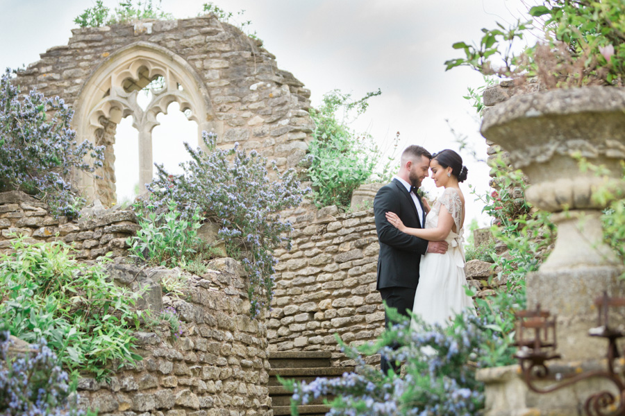 Asian fusion wedding style from Euridge Manor in Wiltshire (15)
