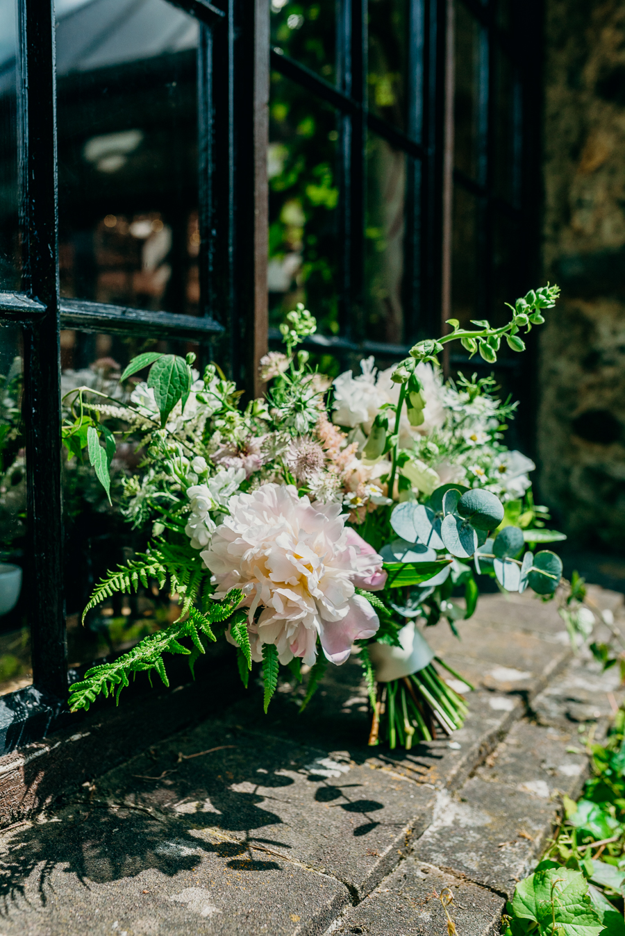 Daisy & Alex's beautiful Lakeview Manor (Devon) wedding, with Clare Kinchin Photography (11)