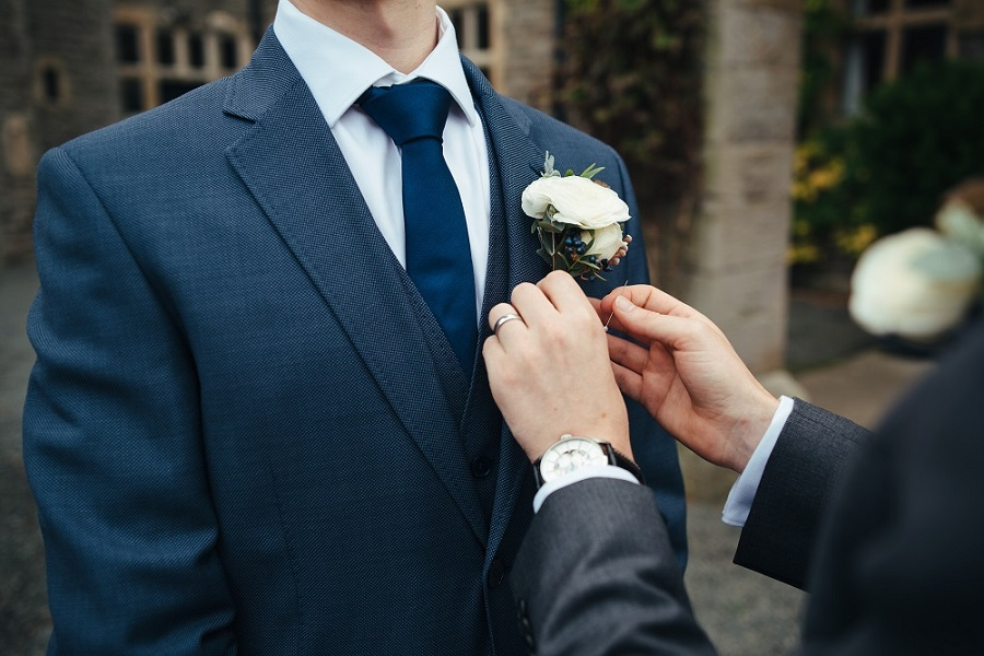 Matt & Liz from Elizabeth Weddings, photo by Cat Beardsley Photography on English Wedding Blog (8)