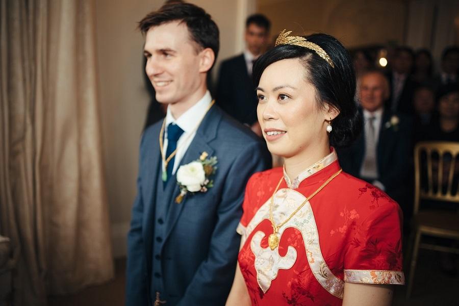 Matt & Liz from Elizabeth Weddings, photo by Cat Beardsley Photography on English Wedding Blog (44)