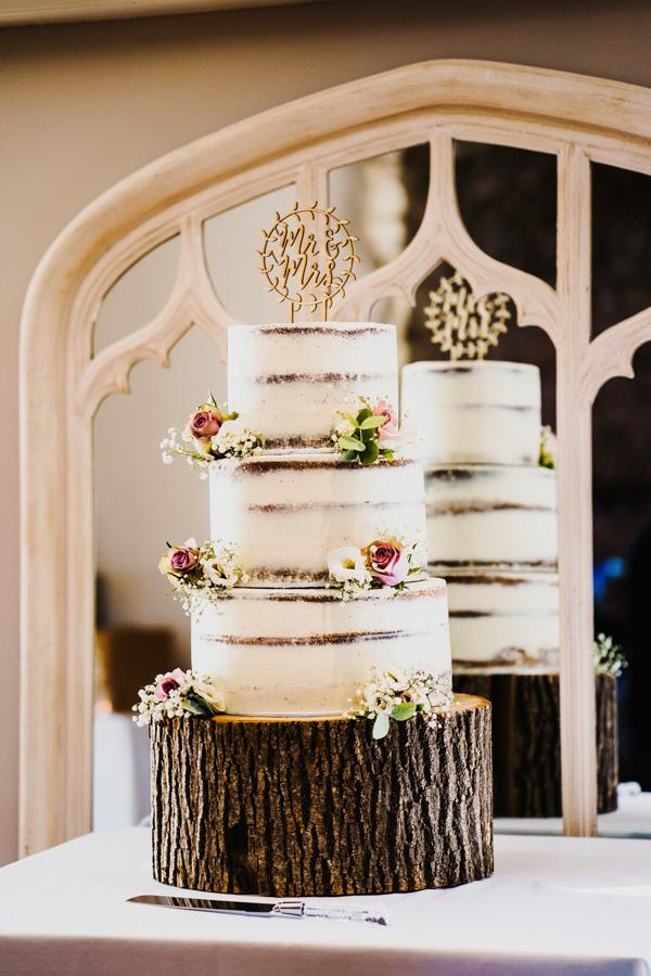 Charlotte & Sean's beautiful Pentney Abbey (Norfolk) wedding, with Rob Dodsworth Photography (10)