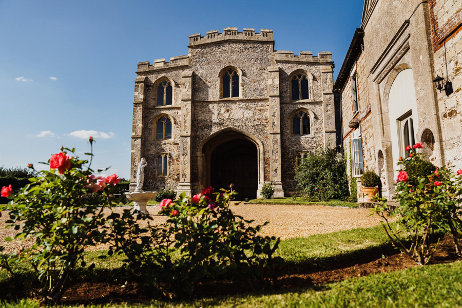 Charlotte & Sean's beautiful Pentney Abbey (Norfolk) wedding, with Rob Dodsworth Photography (12)