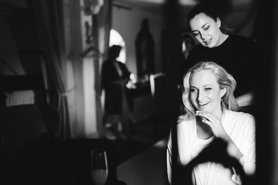 Charlotte & Sean's beautiful Pentney Abbey (Norfolk) wedding, with Rob Dodsworth Photography (3)