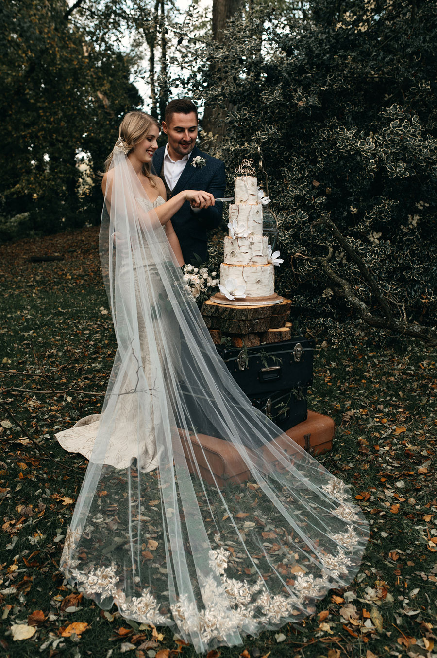Eco vegan wedding style inspiration with Sanyukta Shrestha, credit KMGS Photography (26)