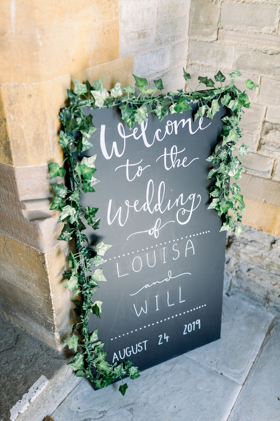 Louisa & Will's light and airy sunflower wedding at Lapstone Barn, with Hannah K Photography (6)