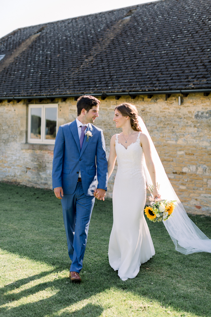 Louisa & Will's light and airy sunflower wedding at Lapstone Barn, with Hannah K Photography (16)