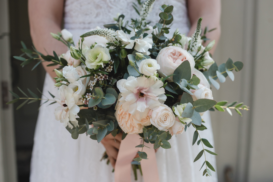 Quintessentially beautiful English wedding style with blush florals (2)