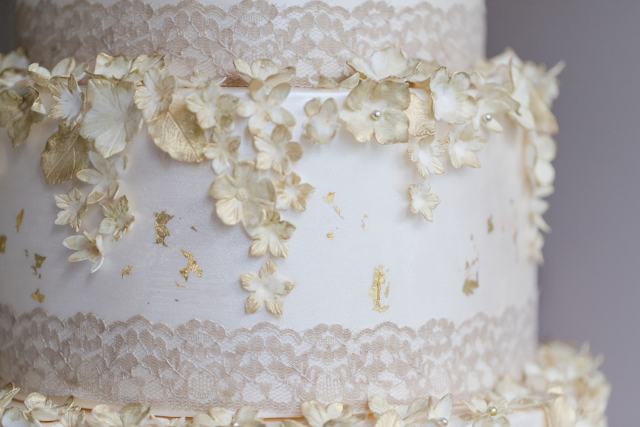 Quintessentially beautiful English wedding style with blush florals (31)