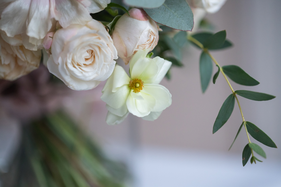 Quintessentially beautiful English wedding style with blush florals (33)
