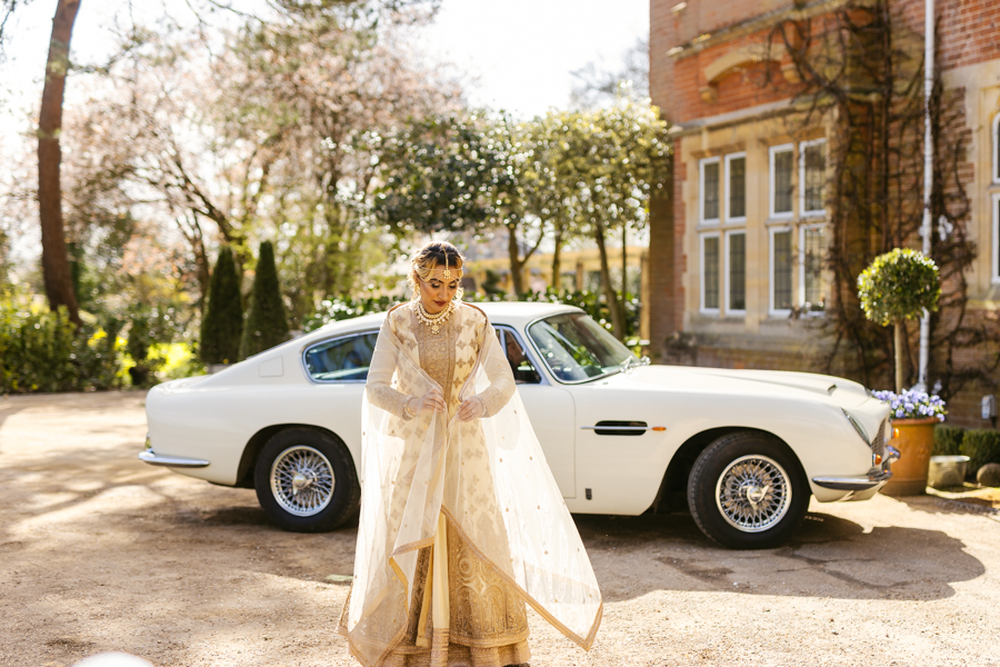 modern Asian wedding inspiration from Baddow House, photo credit Martin Beale (13)