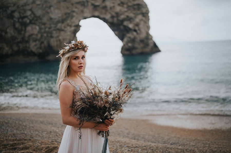 Sunrise elopement shoot! Westlake Photography and the Rustic Dresser (11)