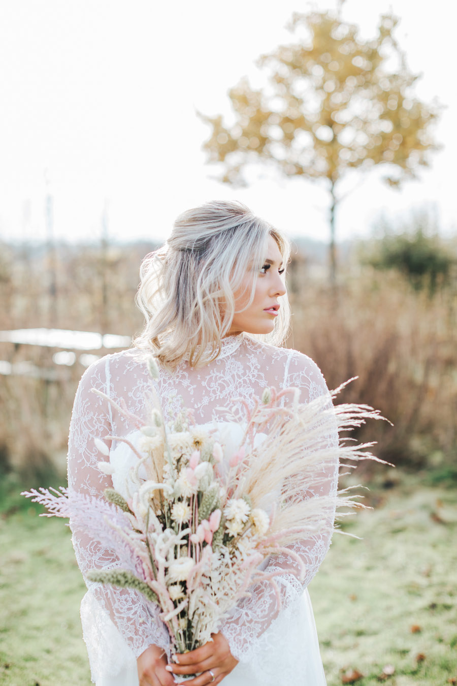 Rustic and Blush Barn Style with oodles of countryside charm (3)
